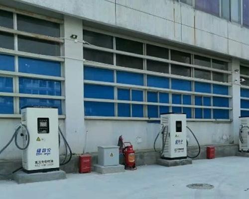 极数充深圳龙华核电工业园充电站投入运营