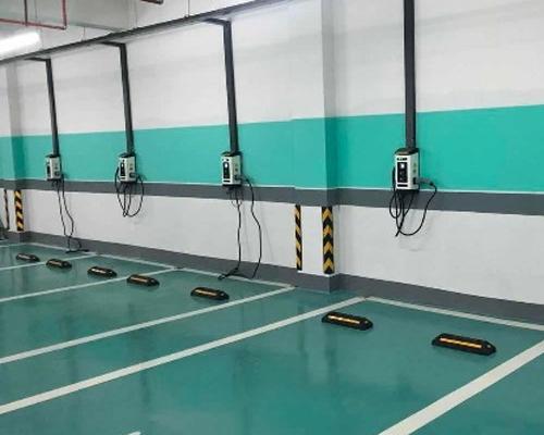 极数充江西抚州东乡实验中学充电站投入使用